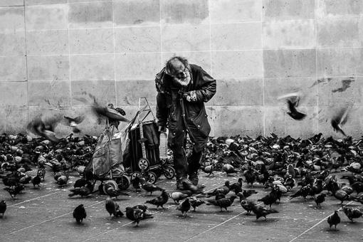 Paris: Dirty Floors and Beggars
